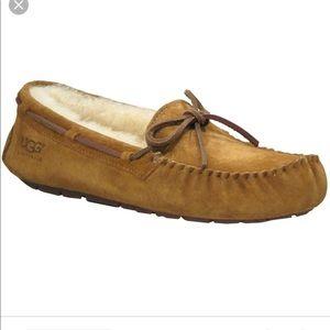 Ugg Dakota Moccasin Slipper in Chestnut